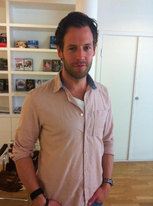 Acá Richard, quien interpretará a Patrick Hedstrom